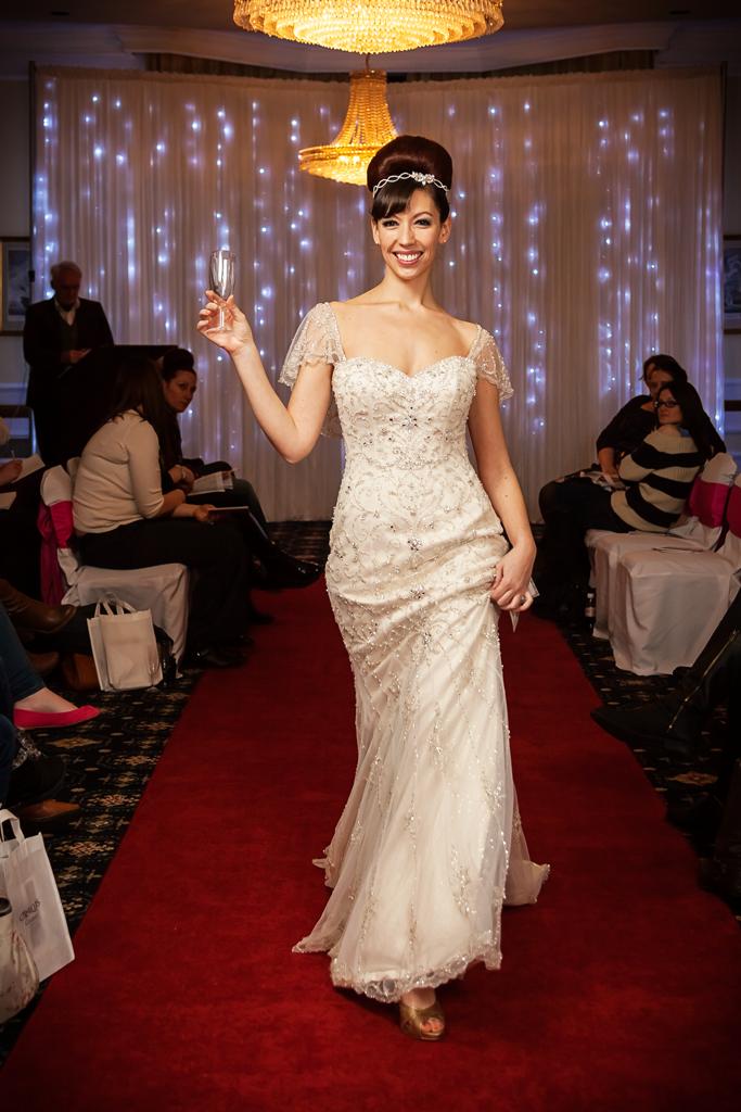 creatiques-wedding-dress-portsmouth-make-light-work-photography-2