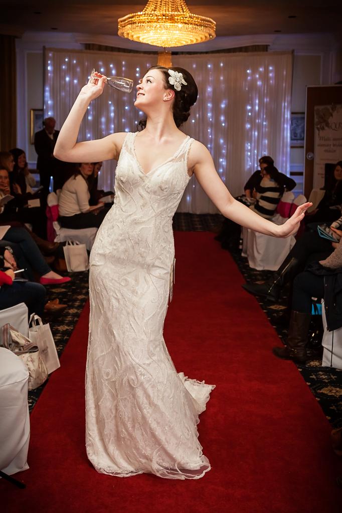 creatiques-wedding-dress-portsmouth-make-light-work-photography-5