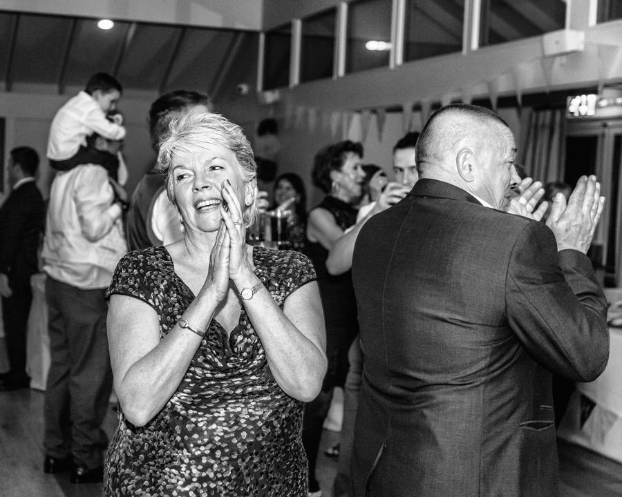 make-light-work-wedding-photography-portsmouth-beth-steve-marwell-hotel-20