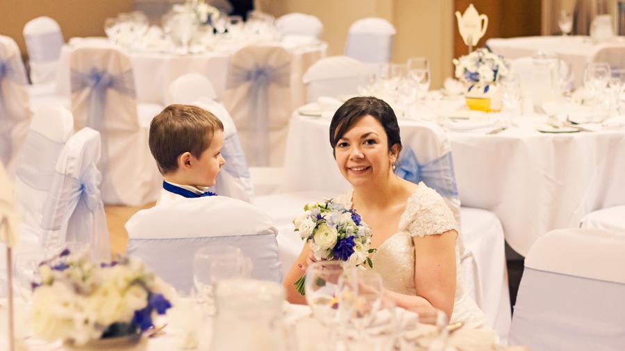 make-light-work-wedding-photography-portsmouth-beth-steve-marwell-hotel-6