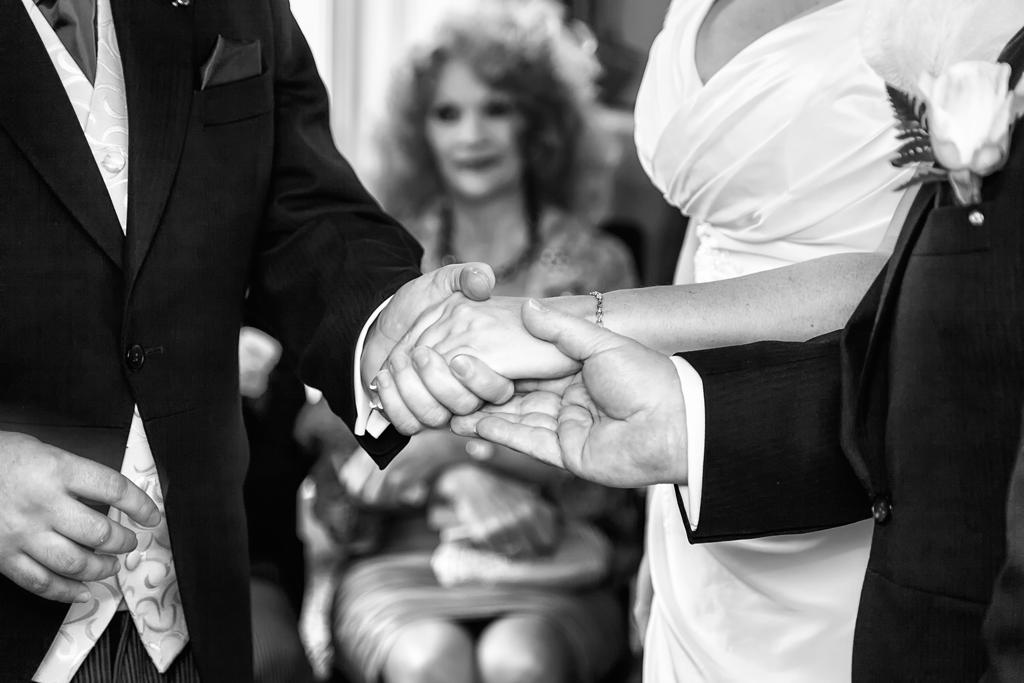 make-light-work-wedding-photography-portsmouth-janet-adam-4